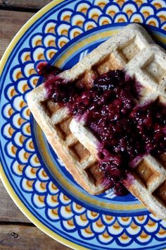 Cinnamon & Vanilla Quinoa Protein Waffles with Smashed Blackberry Sauce