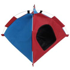 The Folding Pet Tent is made from breathable waterproof and moisture-proof material, creating the ideal escape from the harsher elements.