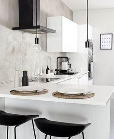 Home Interior Lighting Home Interior, Kitchen Interior, Kitchen Decor, Interior Design, Design Kitchen, Monochrome Interior, Kitchen Dining, Dining Room, Küchen Design