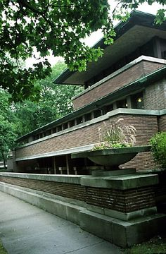 Frank Lloyd Wright- Robie House in Chicago