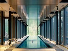 That's 21 really lovely swimming pool design. How do you consider all the above swimming pool layouts? Hope you find a lot of inspiration right here. Lap Swimming, Swiming Pool, Luxury Swimming Pools, Luxury Pools, Dream Pools, Swimming Pool Designs, Park City, Hotel Berg, Utah