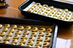 Nejlepší vanilkové rohlíčky - babiččin recept na křehké a jemné cukroví Cereal, Breakfast, Christmas, Food, Morning Coffee, Xmas, Essen, Navidad, Meals