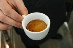 If You Drink Coffee Everyday You MUST Read This Article!Editor's note: We recommend (in moderation of course) selecting fair trade, sustainably sourced organic Coffee Drinks, Coffee Cans, Fun Cup, Fruits And Vegetables, Carne, Remedies, Healthy, Tableware, Food