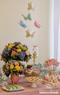 Fabiana+Moura+Projetos+Personalizados+-+decoração+festa+Jardim+das+Borboletas+-++mesa+lateral.jpg (450×709)