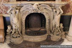 Palazzo Municipio Palermo - fireplace