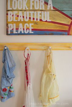 DIY - How to make your own 'vintage'  Shaker Peg rail! via Inspired by Charm