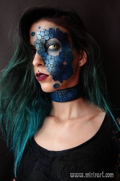 This mask is handmade with EVA foam and painted with acrylics colors. measurments are about 7x10 cm Every mask is individually made to order, so every piece is unique and different from the others. In the order will be included some free scales that can be applied at will.  You can find, combined to this mask: the corset: https://www.etsy.com/listing/487741275 the belt: https://www.etsy.com/listing/515423257 the choker: https://www.etsy.com&#x...