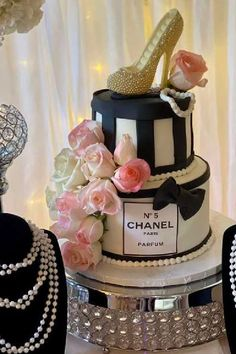 Don't miss this gorgeous Chanel-themed birthday party! Love the birthday cake! See more party ideas and share yours at CatchMyParty.com   #catchmyparty #partyideas #chanel #chanelparty #girlbirthdayparty #chanelcake Chanel Cake, Chanel Party, Girls Birthday Party Themes, Girl Birthday, Birthday Parties, Bridal Shower Cakes, Baby Shower Cakes, Chanel Birthday Cake, Parisian Party