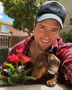 forever-a-rusher:Logan featuring his pup (Posted by him) Selfies, Logan Henderson, James 3, Big Time Rush, Baseball Hats, Puppies, Instagram, Lyrics, News