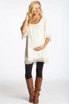 Stitch Fix: Maternity-I would love this top paired with a pastel scarf or bright jewelry.
