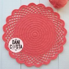 Crochet Motif, Diy Crochet, Doily Patterns, Crochet Patterns, Smiley Emoji, Love Pet, Doilies, Holiday Crafts, Crochet Projects