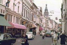 Lange Hezelstraat, ca. Main Street, Street View, Roads And Streets, Old City, Colour Images, Old Town, Old Photos, Pond, Old Things