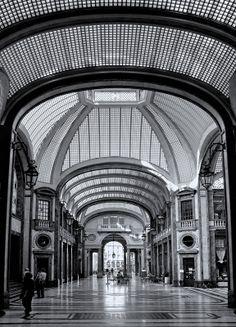 Lux Cinema, Torino. Galleria San Federico.