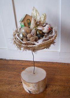 Winter Art & Found Yarn Nest by Katie Runnels, via Flickr. 2007
