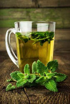 Anumite tipuri de ceai ne pot ajuta sa scapam de kilogramele in plus. Iti spunem care sunt cele mai bune ceaiuri pentru slabit pe care le poti savura zilnic