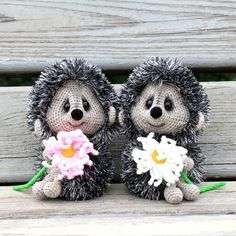 . , , , 10000. #hedgehog #rhp #rhpcolors #instarussia #animal #handmade #handarbeit #weamiguru #cute #amigurumi #toys #crochettoy #crochet #knitting #knittinglove #mysolutionforlife #livemaster #woki1 # # # # # # # # # # # #