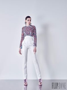 Basil Soda Fall-winter 2015-2016 - Ready-to-Wear - http://www.flip-zone.com/Basil-Soda-5921