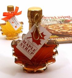 From PIECES OF VERMONT, specializing in Vermont maple candy gifts, hard maple candy, maple wedding favors, and specialty food Create a Gift Baskets. Candy Christmas Decorations, Christmas Candy, Christmas Ornaments, Holiday Decor, Maple Syrup Bottles, Cocktail Syrups, Wedding Favors, Wedding Ideas, Specialty Foods