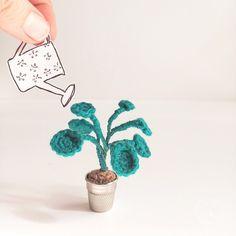 Pilea miniature au crochet • Plante au crochet / Miniature crochet plant • Crochet Pilea