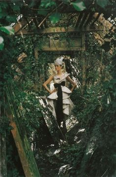"""""""The Mirror of Fashion"""" photographed by Tim Walker for Vogue Italia (March 2002)."""