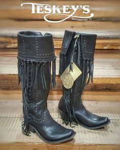 💥FLASH SALE!!! This isn't going to last long! The stock show and rodeo is right around the corner😉 Instagram ONLY!! WAS: $359.99 NOW: $299.99!!!  ➡Message for invoice!   #Teskeys #FLASHSALE #DEALOFTHEDAY #bootoftheday #Bootsfordays #Libertyblack #Fringe #fwssr #fortworthstockshow #rodeo #mylittleblackboots