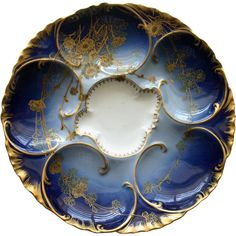 1890 French Haviland Limoges Cobalt Oyster Plate with Gold Flowers Oyster Bed, Oysters Rockefeller, Antique Collectors, Royal Crown Derby, Antique Plates, Japanese Porcelain, Charger Plates, Glass Ceramic, Gold Flowers