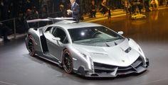 Lamborghini Veneno live photos