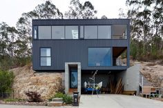 Taroona House 3, Tasmania by Room 11