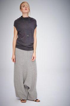 Grey-Beige Linen Pants/ Extravagant Drop Crotch Beige-Grey Pants/ Loose Linen Trousers/ Stylish Harem Pants by AryaSense - Woman Dress Baggy Pants, Grey Pants, Cropped Jeans, Look Fashion, Womens Fashion, Fashion Flats, 70s Fashion, Modest Fashion, Fashion Brands