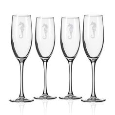 Enjoy serving your favorite sparking wine or other fancy cocktails in these beautifully designed deep sand-etched 8 oz. Seahorse Flutes.