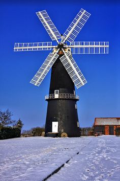 Sibsey Trader Windmill In The Snow, Lincolnshire Tilting At Windmills, Old Windmills, Old Grist Mill, South Dakota Travel, Water Mill, Water Tower, Wind Power, Le Moulin, Covered Bridges