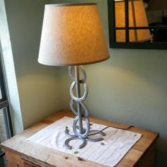 Lamp Ideas Hufeisenlampe Hufeisen Crafts Cowboy Crafts Hufeisen Get Your Dream Dining Room with the Horseshoe Projects, Horseshoe Crafts, Horseshoe Art, Welding Crafts, Welding Projects, Metal Crafts, Welding Ideas, Cowboy Crafts, Small Gardens