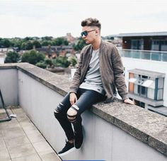 Wireless day Jacket & Jeans T-Shirt Shoes Styled by Connor Maynard, Jack And Conor Maynard, Ray Diaz, Buttercream Squad, Sean Casey, Top 20 Hits, Diesel Shoes, Festival T Shirts, Bay City Rollers