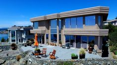 Luxurious Contemporary Oceanfront Home, Canada