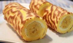 Творожный рулет с бананом: фитнес-десерт на 100грамм - 114.18 ккал, Б/Ж/У - 10.71/1.72/14.39  Ингредиенты: овсяные хлопья 5 ст. л.  творог обезжиренный 300 г два небольших банана 200 г яйцо 1 шт. стевия по вкусу  Приготовление: 1. Тесто: измалываем хлопья в муку. Соединяем творог, стевию, муку и яйцо. Вымешиваем тесто. Оно слегка липнет к рукам. Разделяем на 2 части, под 2 банана. 2. Раскатываем тесто, не очень тонко. 3. Кладем банан ближе к одному из краев и заворачиваем в рулет, защипив…