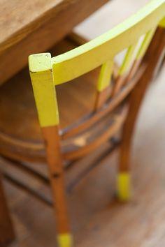 Peindre les barreaux d'une chaise