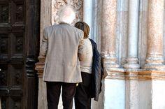 Turisti al Battistero