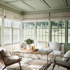 44 Cozy Modern Farmhouse Sunroom Designs - Page 43 of 44 - Choti Decor Farmhouse Renovation, Farmhouse Remodel, Style At Home, Style Blog, Modern Farmhouse, Farmhouse Style, Farmhouse Design, Farmhouse Ideas, White Farmhouse