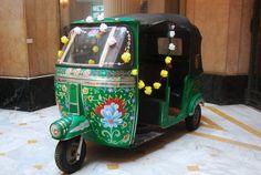 i want this at my wedding. set up a rickshaw photobooth lol Bollywood Party, Bollywood Fashion, Dream Wedding, Wedding Set, Wedding Ideas, Asian Street Food, Visit New York City, History Of India, Gala Dinner