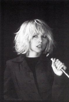 Debbie Harry by Bob Gruen, 1976.
