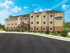 Microtel Inn & Suites by Wyndham Altoona Altoona (Pennsylvania) Situated in Altoona, 1.7 km from Horseshoe Curve National Historic Landmark, Microtel Inn & Suites by Wyndham Altoona features air-conditioned rooms with free WiFi throughout the property.