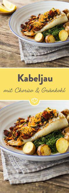 Im Ofen gegart, wird der Kabeljau so zart, dass er regelrecht auf der Zunge zergeht. Grünkohl, goldbraune Kartoffeln und würzige Chorizo dazu und genießen!