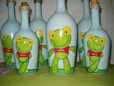 Botella con figura del Sapo Pepe.