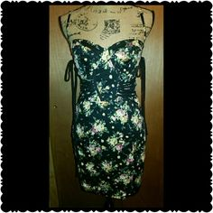Topshop Corset Dress Black with yellow and pink flowers,  side lacing with hook and eye closure  Very Pretty Topshop Dresses Midi