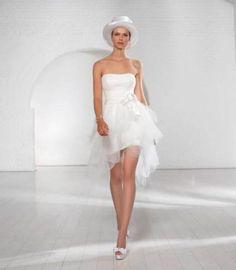 85 vestidos de noiva curtos lindos e modernos que vão te impressionar! Image: 34