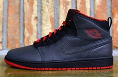 I like the 10's lacing on 1's :) Air #Jordan 1 #Retro 94 Anthracite/Gym Red #sneakers #kicks