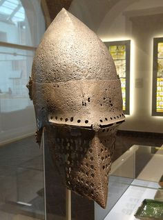ca. 1370-1385 - 'Hundsgugel', supposedly from Sempach, Switzerland, Germanisches Nationalmuseum, Nürnberg, Bayern, Germany This visored bascinet was supposedly found on the battlefield of Sempach, where the Old Swiss Confederacy was victorious over the Austrian knights under Duke Leopold III on July 9th, 1386.