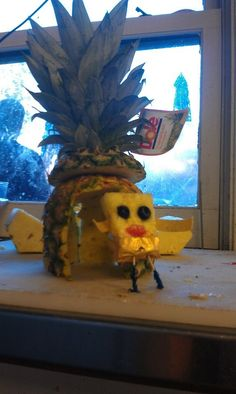 The person who brought SpongeBob SquarePants to life. | 25 People Who Are Really Nailing This Bored At Work Thing