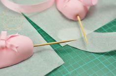 How to make a fondant ballet slipper