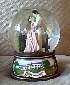 "From my collection . ""Gone with the Wind. Box Company, Go To Movies, Vivien Leigh, Actrices Hollywood, Gone With The Wind, My Collection, Antique Dolls, Snow Globes, Nostalgia"